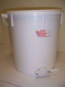 Honey tank - 30 kg plastic container